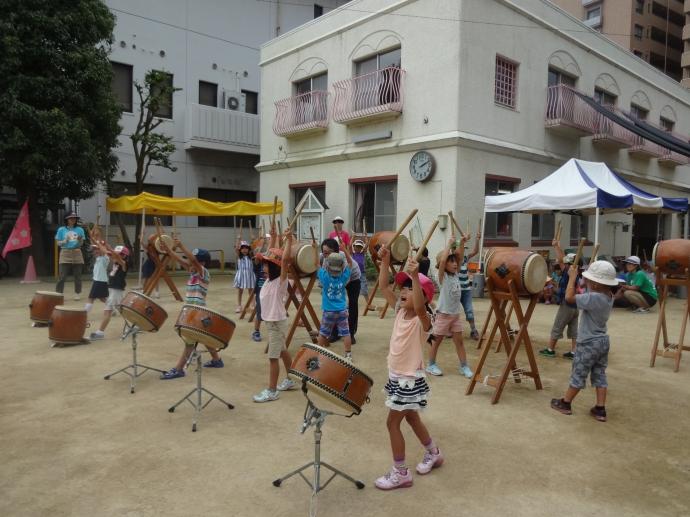 1年生、2年生太鼓の練習にやってきました!